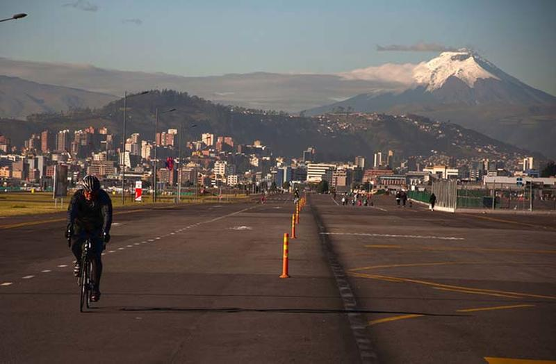 The Most Dangerous Airports From Around The World | The Brofessional